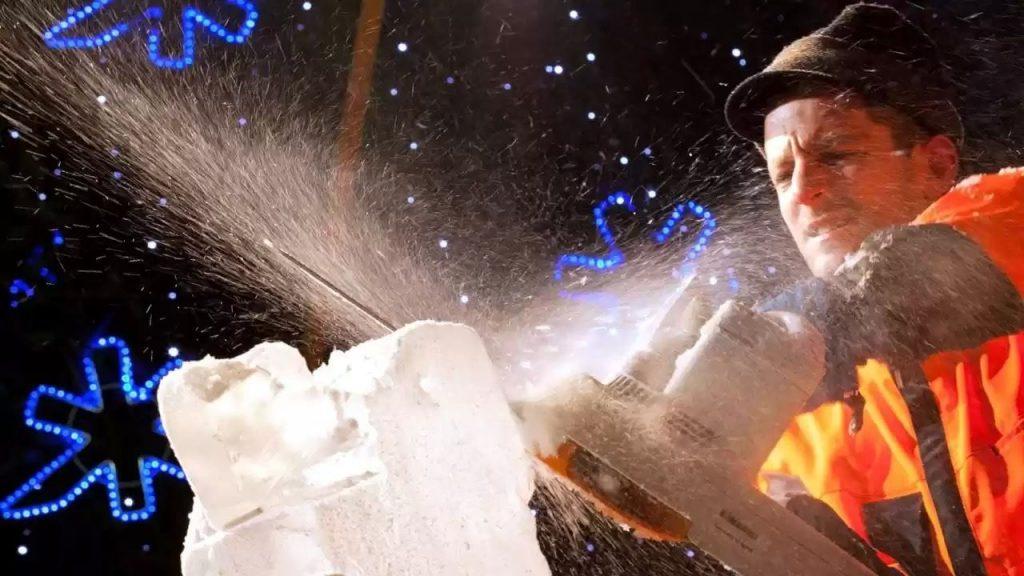 sculpteur-sur-glace