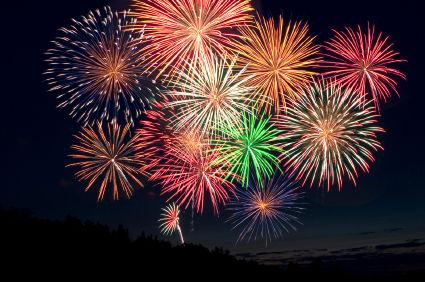 Oh la belle bleue! Avec ses milles couleurs, le feu d'artifice tiré du vignoble de Guebwiller est toujours un moment très apprécié lors de la fête nationale.
